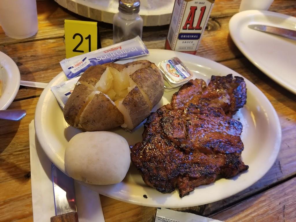 Ziggys Roadside BBQ - restaurant  | Photo 4 of 10 | Address: 120 U.S. Hwy 90 Street, Brackettville, TX 78832, USA | Phone: (830) 563-9293