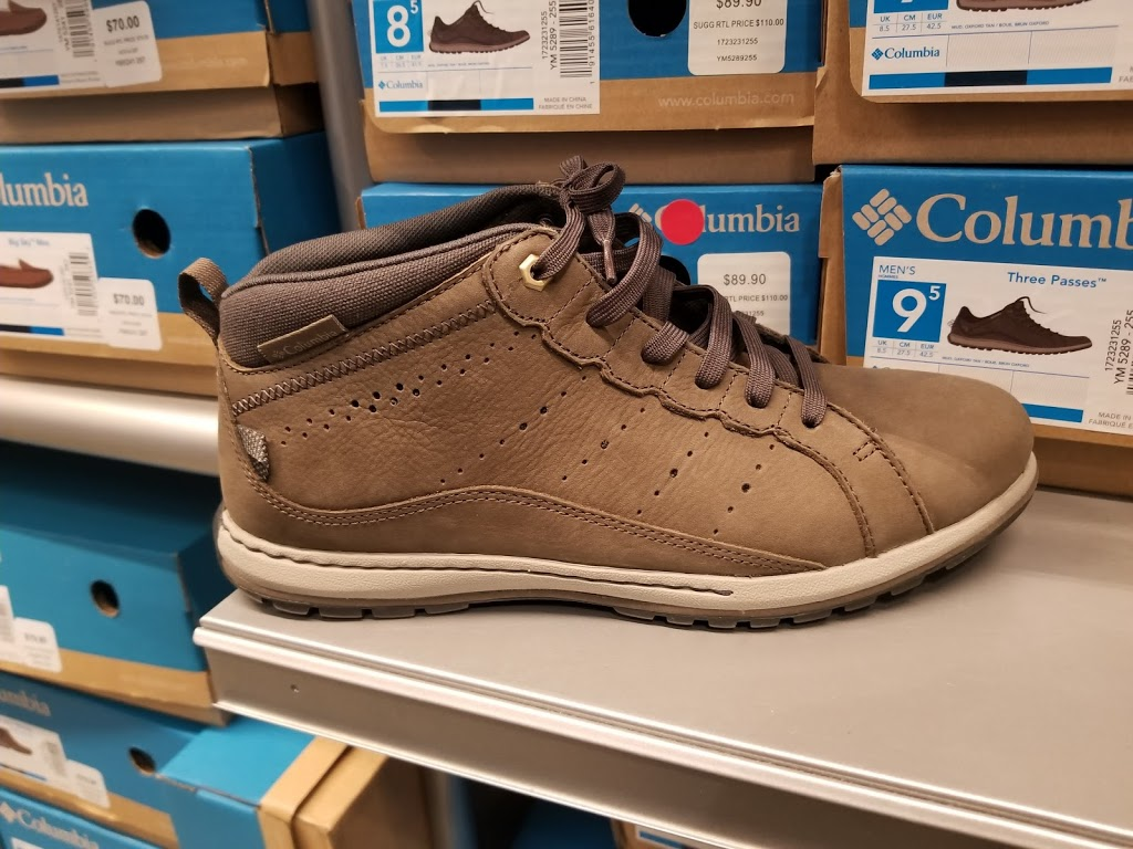 Columbia Factory Store - clothing store  | Photo 3 of 9 | Address: 455 Trolley Line Blvd #310, Mashantucket, CT 06338, USA | Phone: (860) 319-8007