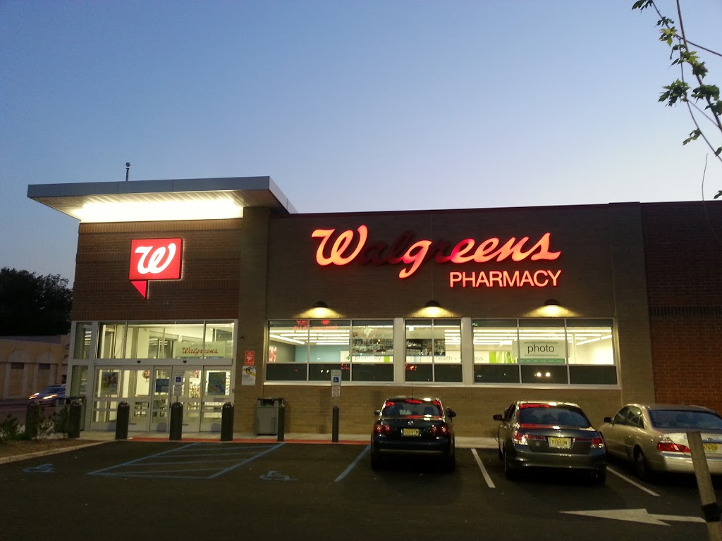 Walgreens - clothing store  | Photo 1 of 6 | Address: 810 Springfield Ave, Irvington, NJ 07111, USA | Phone: (862) 236-1348