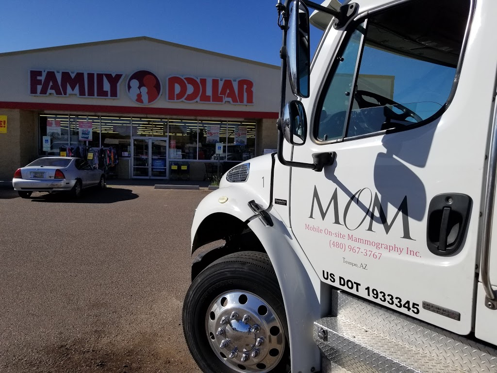 Family Dollar - clothing store  | Photo 1 of 2 | Address: 407 W Hopi Dr, Holbrook, AZ 86025, USA | Phone: (928) 524-9182