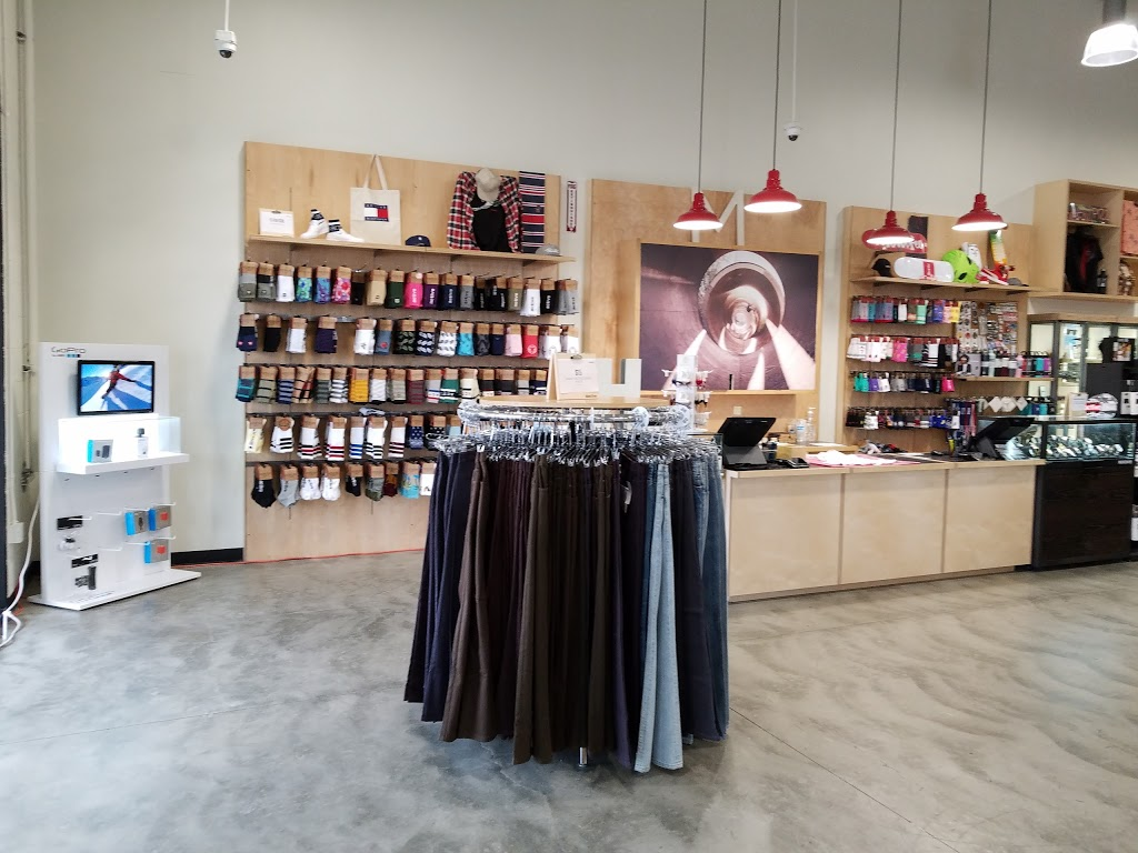 Active Ride Shop - clothing store  | Photo 3 of 9 | Address: 30099 Haun Rd, Menifee, CA 92584, USA | Phone: (951) 267-2550