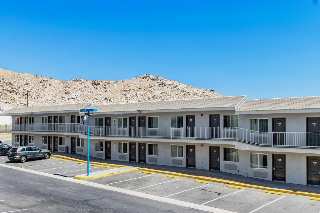 Studio 6 Victorville - Apple Valley - lodging  | Photo 5 of 10 | Address: 16868 Stoddard Wells Rd, Victorville, CA 92394, USA | Phone: (760) 596-4000