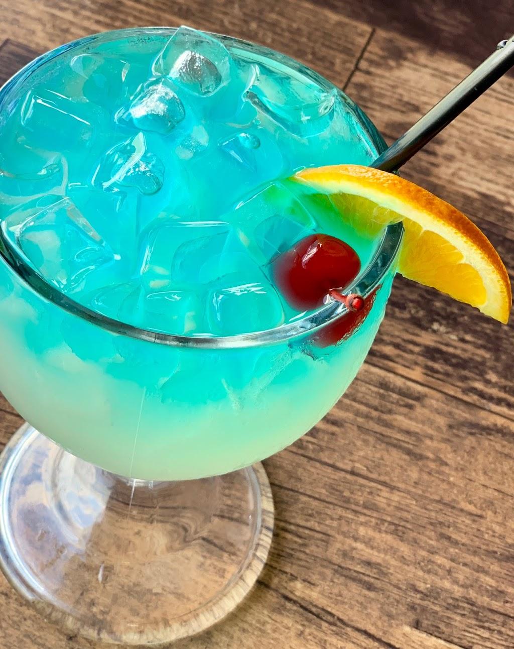 Scullys Sports Bar & Grill - restaurant  | Photo 10 of 10 | Address: 802 Fulton St, Port Lavaca, TX 77979, USA | Phone: (361) 482-0691