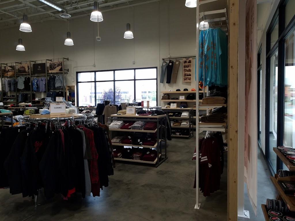 Active Ride Shop - clothing store  | Photo 9 of 9 | Address: 30099 Haun Rd, Menifee, CA 92584, USA | Phone: (951) 267-2550