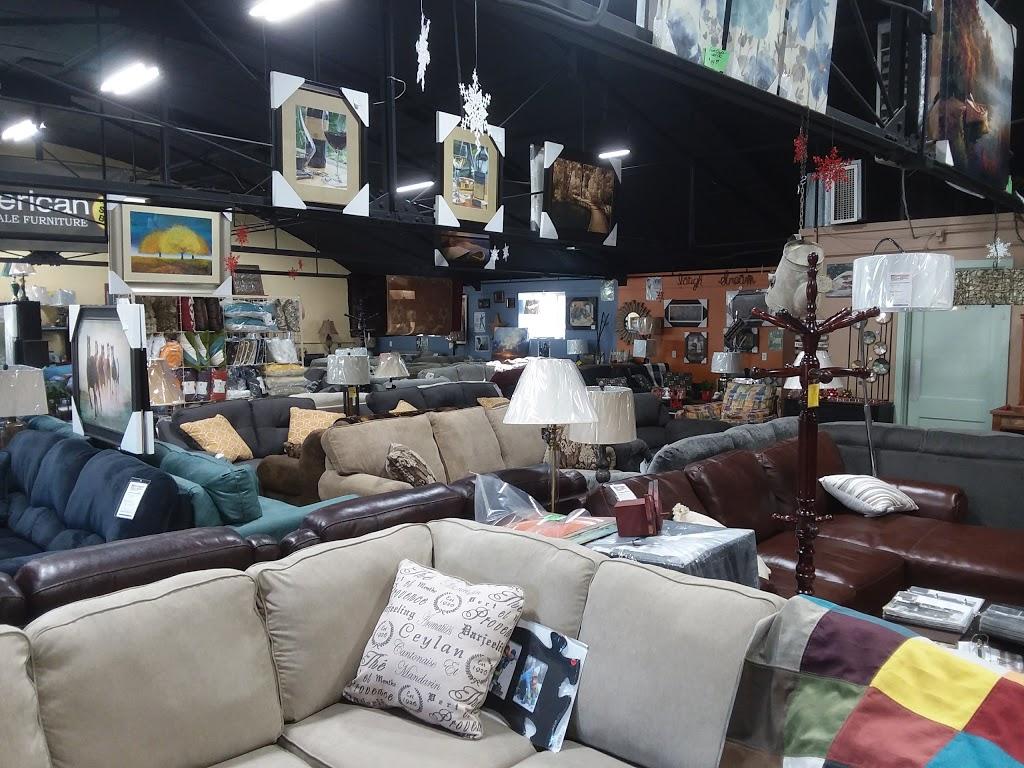 American Wholesale Furniture and Mattress - furniture store  | Photo 5 of 7 | Address: 905 Madison Ave, Fort Atkinson, WI 53538, USA | Phone: (920) 563-6300