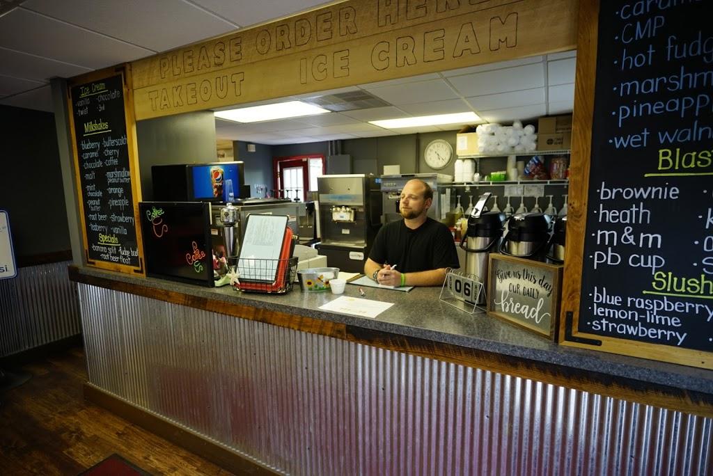 Bridgeside Cafe - cafe  | Photo 1 of 8 | Address: 127 S Main St, Middleburg, PA 17842, USA | Phone: (570) 837-6170