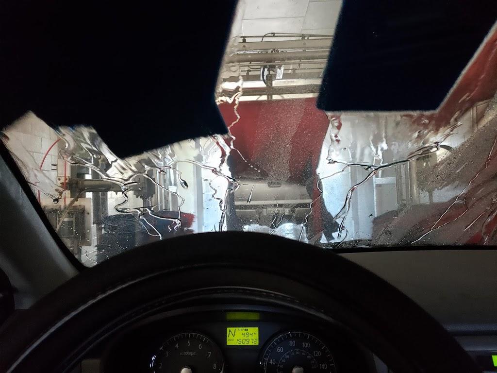 M1 Express Car Wash - car wash  | Photo 4 of 8 | Address: 44846 Valley Central Way, Lancaster, CA 93536, USA | Phone: (661) 942-5777