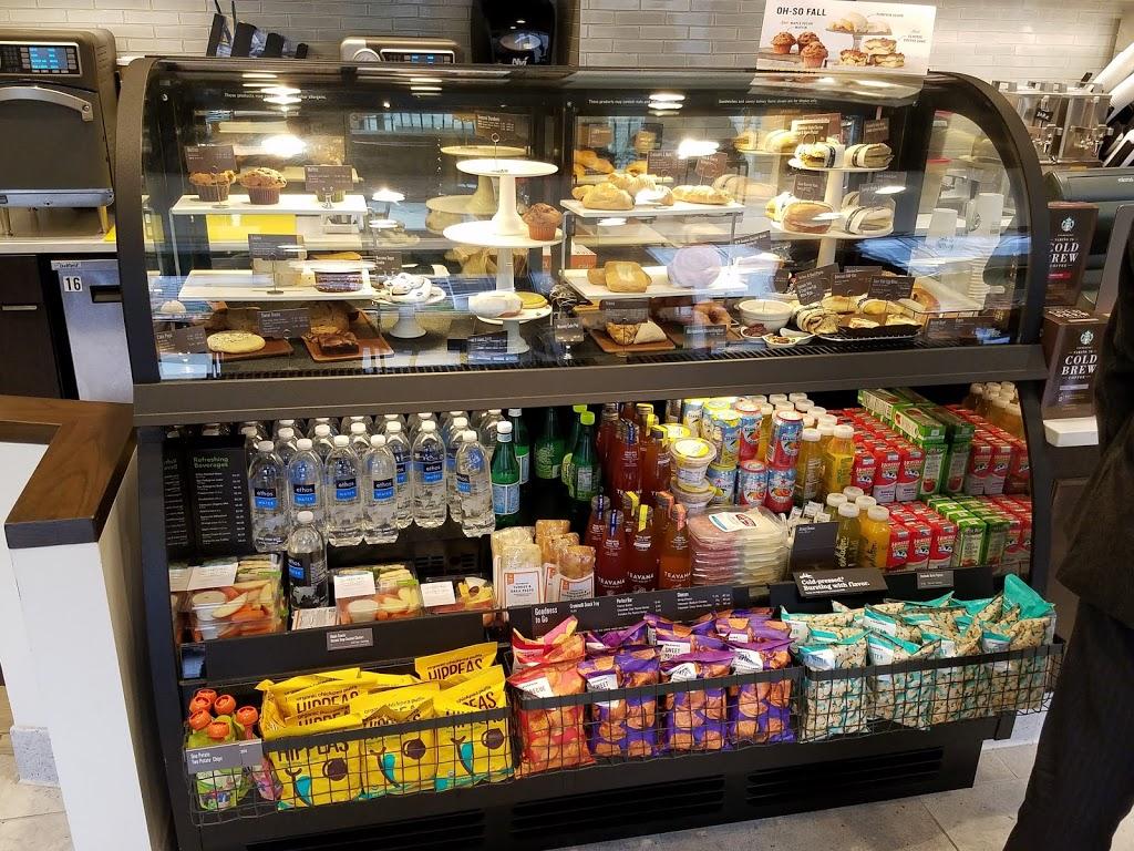 Starbucks - cafe  | Photo 4 of 10 | Address: 1480 Crystal Dr, Arlington, VA 22202, USA | Phone: (703) 416-1600