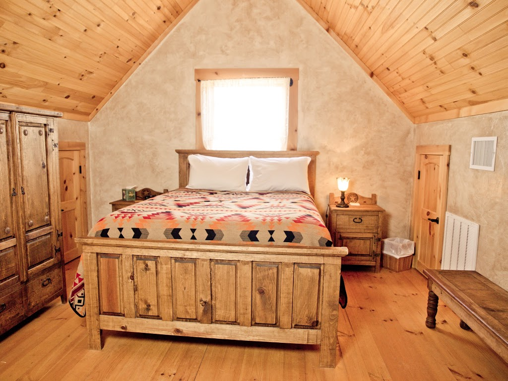 Agarita Creek Farms - lodging  | Photo 2 of 10 | Address: 968 Braeutigam Road, Fredericksburg, TX 78624, USA | Phone: (830) 992-5283
