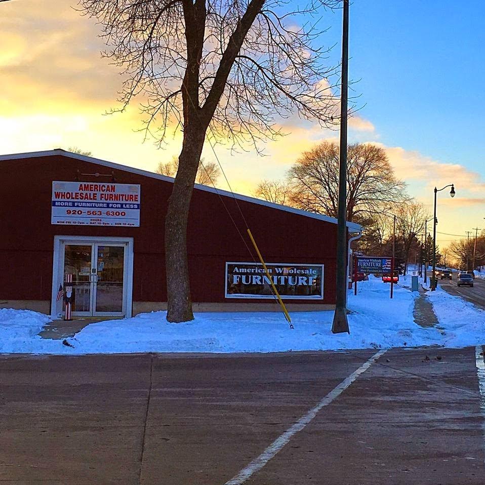 American Wholesale Furniture and Mattress - furniture store  | Photo 1 of 7 | Address: 905 Madison Ave, Fort Atkinson, WI 53538, USA | Phone: (920) 563-6300