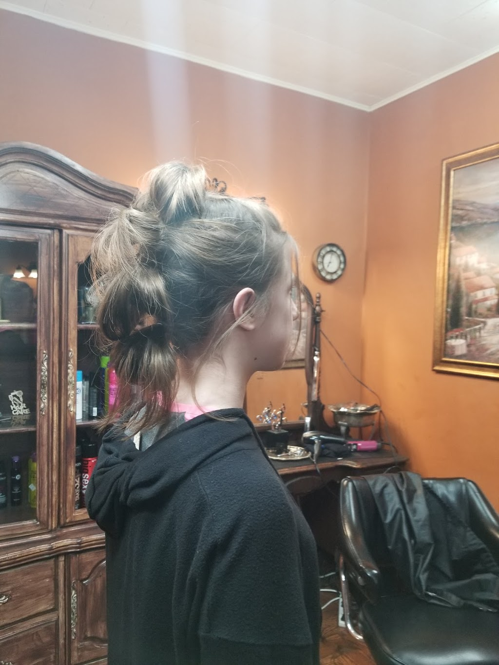 Rejuvenation Station - hair care  | Photo 3 of 10 | Address: 105 Railroad St, Kouts, IN 46347, USA | Phone: (219) 575-3649