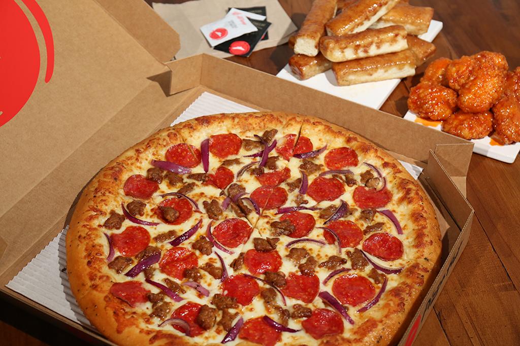 Pizza Hut - restaurant  | Photo 4 of 10 | Address: 110 Hall Rd, Seagoville, TX 75159, USA | Phone: (972) 287-1311