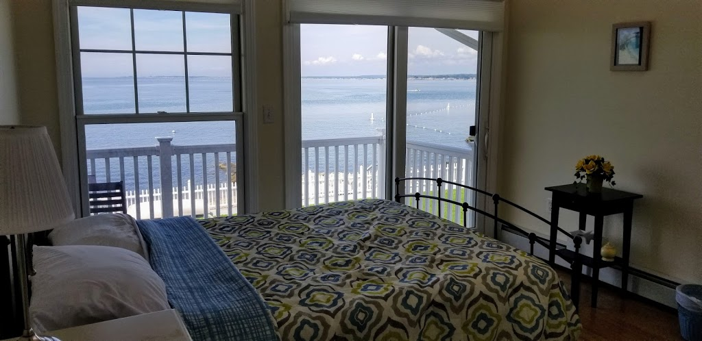 Cornfield Point Beach House - real estate agency  | Photo 1 of 10 | Address: 5 W Shore Dr, Old Saybrook, CT 06475, USA | Phone: (860) 339-6487