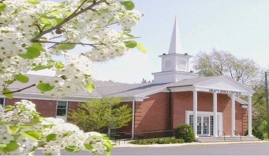 Grace Bible Church - church    Photo 1 of 10   Address: 1700 Edwardsburg Ave, Elkhart, IN 46514, USA   Phone: (574) 264-7333