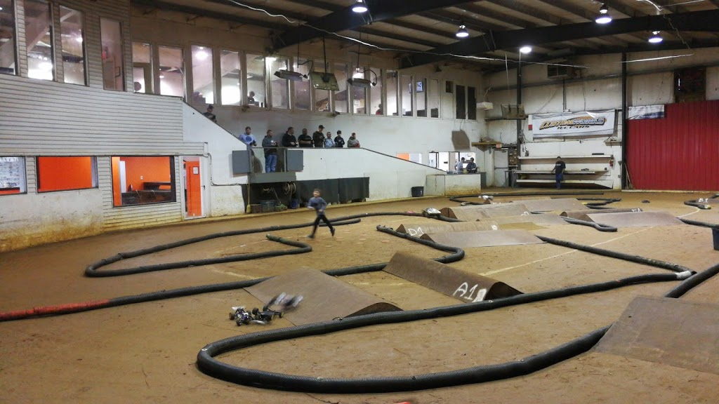 Bumps & Jumps Rc Speedway - store  | Photo 6 of 10 | Address: 643 Old York Rd, Goldsboro, PA 17319, USA | Phone: (717) 932-3000