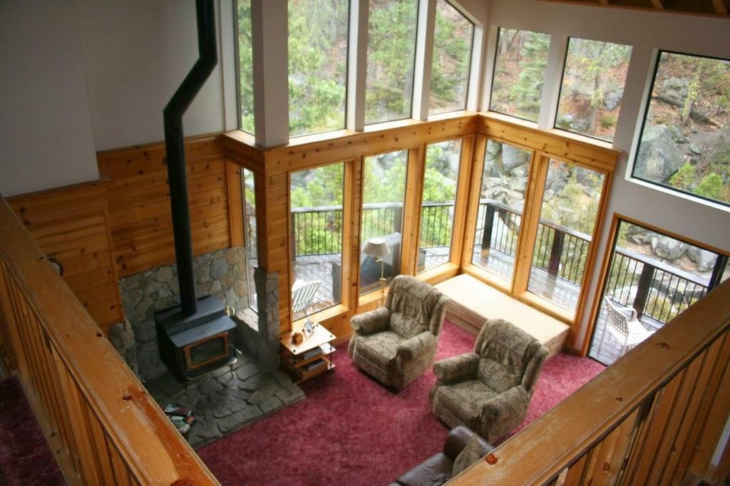 Cabin On The River - lodging  | Photo 3 of 8 | Address: 28757 Herring Creek Ln, Strawberry, CA 95375, USA | Phone: (800) 965-3884