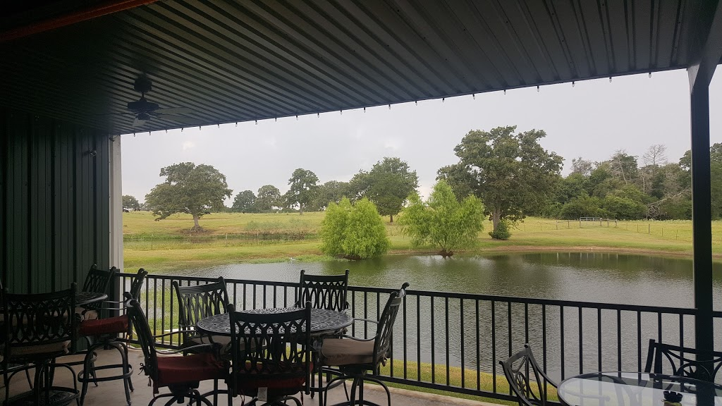 Bullpen Bar & Grill - restaurant  | Photo 3 of 10 | Address: 2156 Co Rd 217, Giddings, TX 78942, USA | Phone: (979) 366-2500