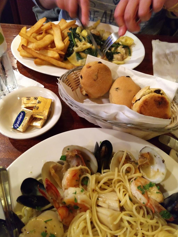 Grasshopper Too - restaurant  | Photo 8 of 10 | Address: 26 Erie Ave, Wayne, NJ 07470, USA | Phone: (973) 696-9698