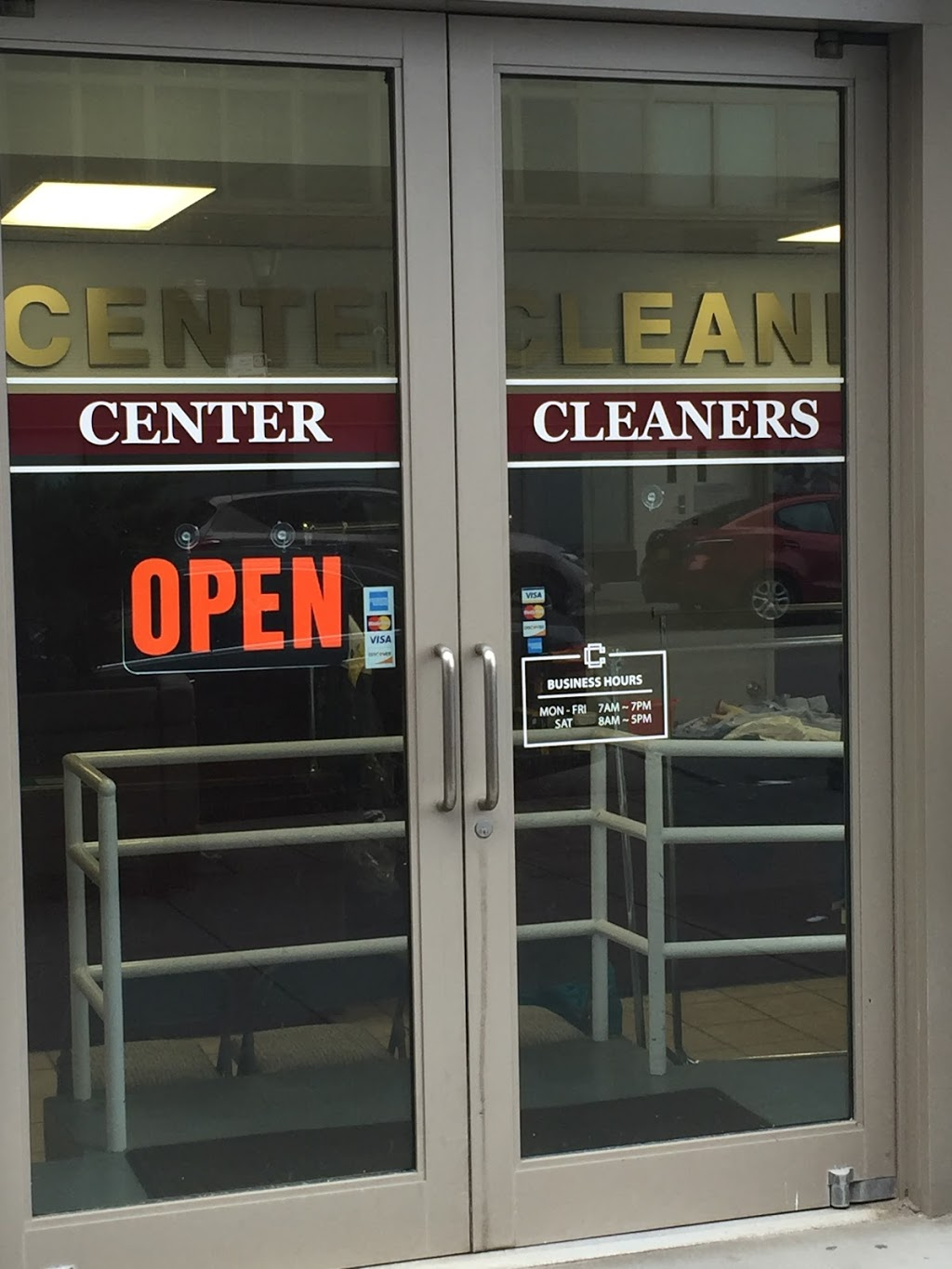 Center Cleaners | laundry | 120 Riverside Blvd, New York, NY 10069, USA | 2127993201 OR +1 212-799-3201