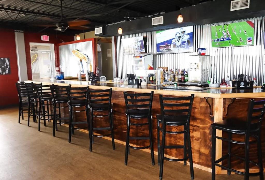 Scullys Sports Bar & Grill - restaurant  | Photo 6 of 10 | Address: 802 Fulton St, Port Lavaca, TX 77979, USA | Phone: (361) 482-0691