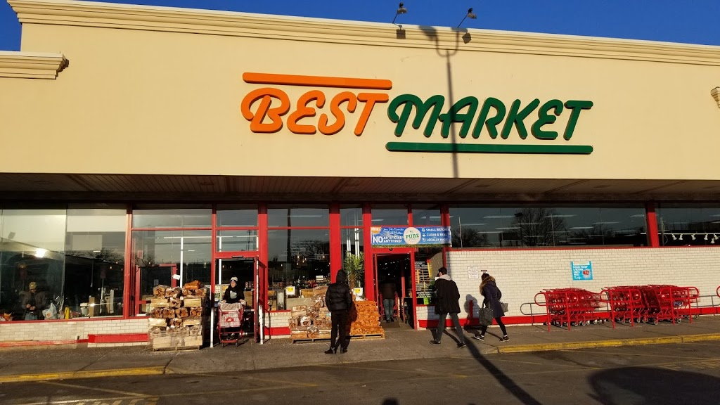 Best Market Astoria - store  | Photo 3 of 10 | Address: 19-30 37th St, Astoria, NY 11105, USA | Phone: (718) 721-7500
