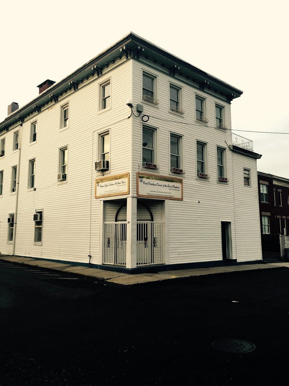 First Christian Church of The Good Shepherd/Primera Iglesia Cris - church  | Photo 8 of 10 | Address: 79 Main St, Haverstraw, NY 10927, USA | Phone: (845) 942-8631