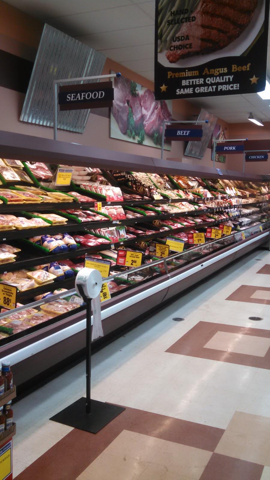 Foodtown of Shickshinny - florist  | Photo 5 of 9 | Address: 5 Mountain Mall, Shickshinny, PA 18655, USA | Phone: (570) 542-5522