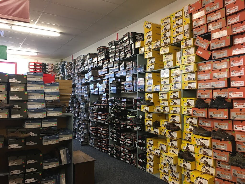 Rogans Shoes - shoe store  | Photo 2 of 10 | Address: 649 S Taylor Dr, Sheboygan, WI 53081, USA | Phone: (920) 451-0188