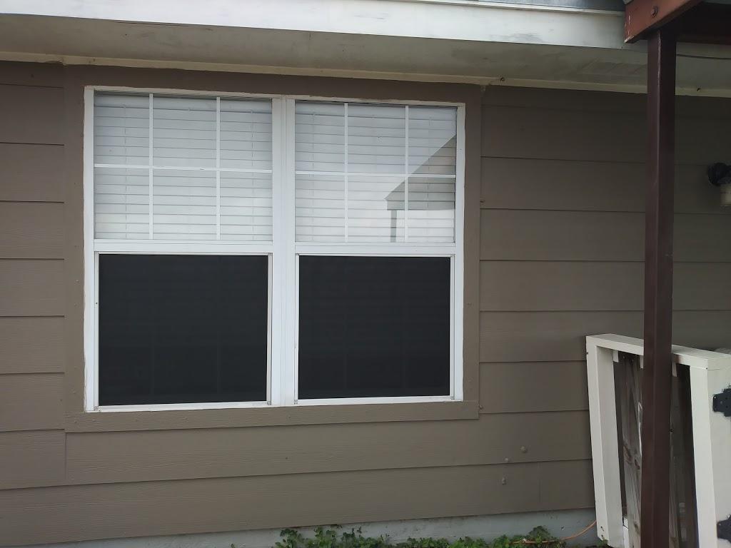 Henrys Glass Shop - car repair  | Photo 1 of 1 | Address: 723 E Corral Ave, Kingsville, TX 78363, USA | Phone: (361) 592-9764