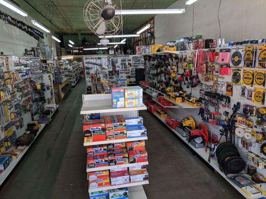 Hensel True Value Hardware - hardware store  | Photo 3 of 10 | Address: 242 Main St, Rosebud, TX 76570, USA | Phone: (254) 583-7514
