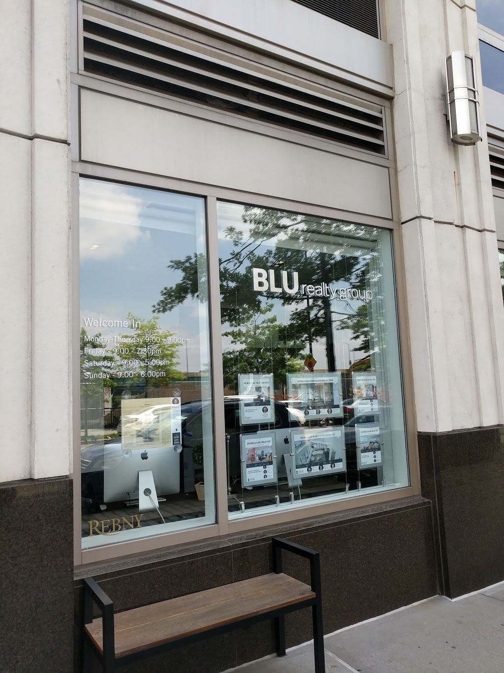 BLU Real Estate | real estate agency | 120 Riverside Blvd, New York, NY 10069, USA | 2125808879 OR +1 212-580-8879