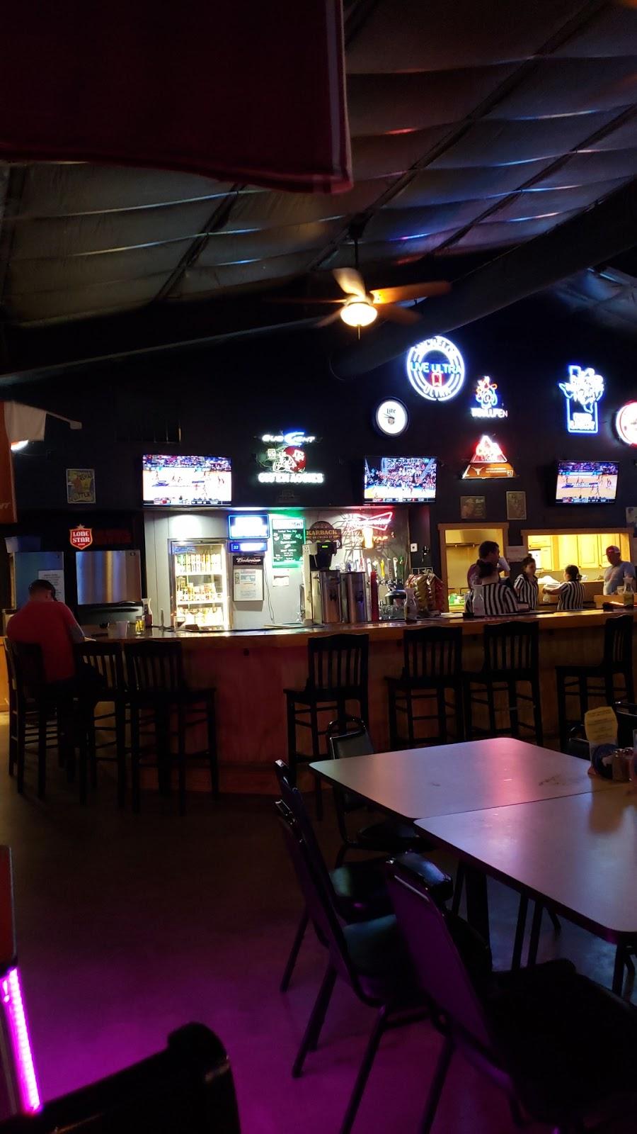 Bullpen Bar & Grill - restaurant  | Photo 7 of 10 | Address: 2156 Co Rd 217, Giddings, TX 78942, USA | Phone: (979) 366-2500