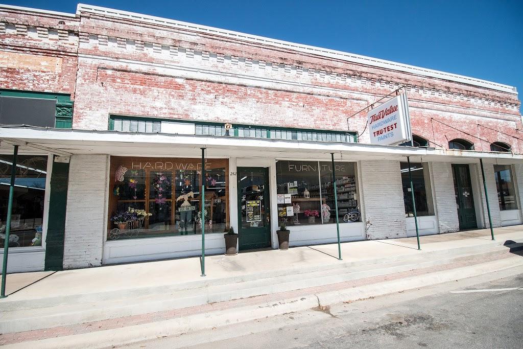 Hensel True Value Hardware - hardware store  | Photo 9 of 10 | Address: 242 Main St, Rosebud, TX 76570, USA | Phone: (254) 583-7514