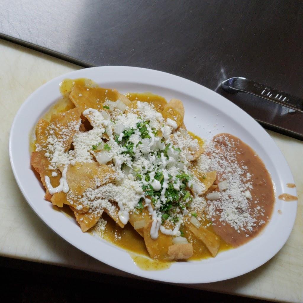 Balbuenas Mexican Restaurant - restaurant    Photo 5 of 10   Address: 10925 1/2 S. Figueroa, Los Angeles, CA 90061, USA   Phone: (323) 418-8502
