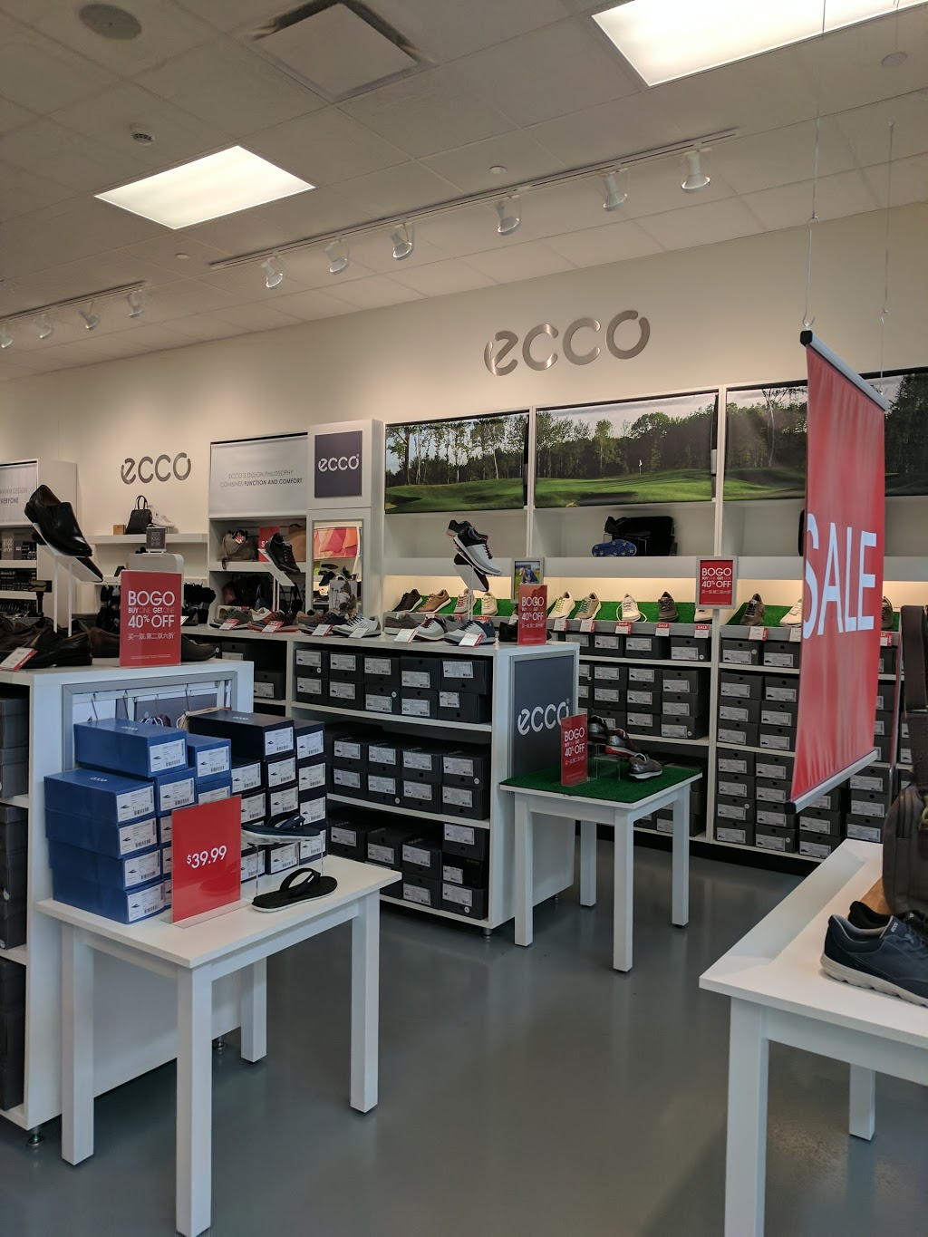 ECCO Outlet - shoe store  | Photo 6 of 7 | Address: 455 Trolley Line Blvd #265, Mashantucket, CT 06338, USA | Phone: (860) 213-5286