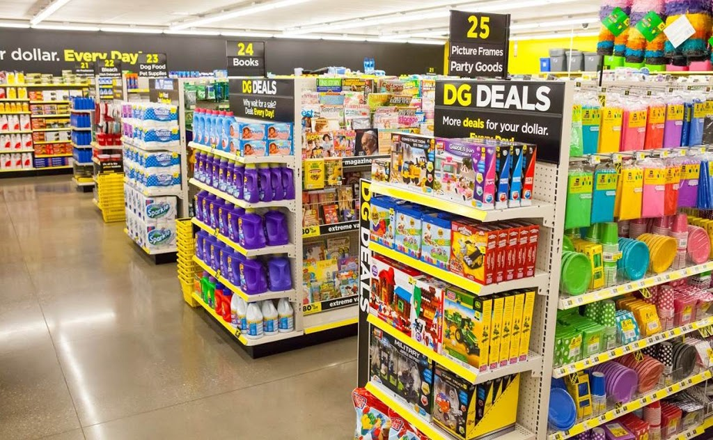 Dollar General - home goods store  | Photo 4 of 7 | Address: 19797 Fm 365 Rd, Beaumont, TX 77705, USA | Phone: (409) 203-2185