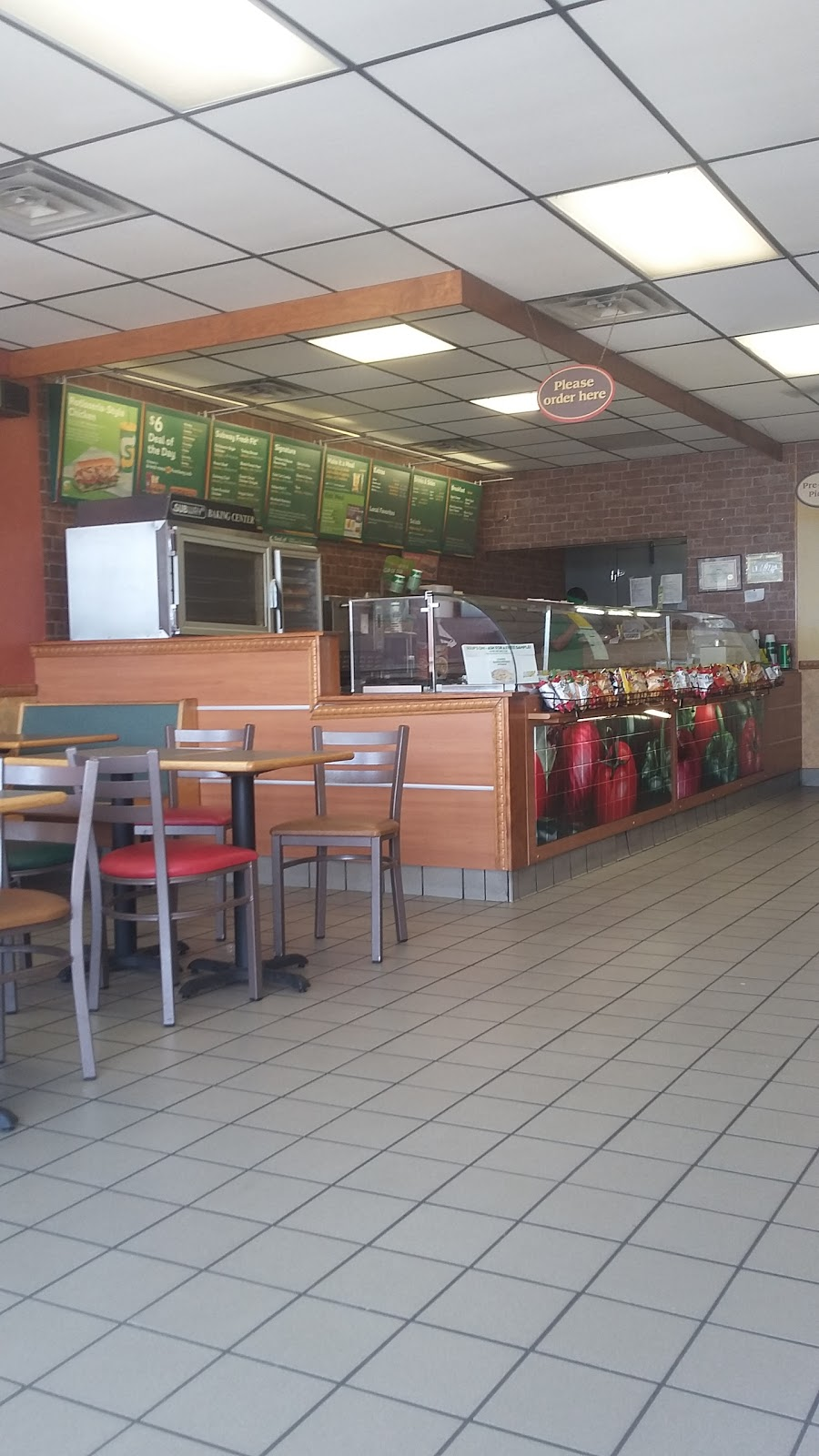 Subway Restaurants - restaurant    Photo 5 of 10   Address: 109 W Ovilla Rd, Red Oak, TX 75154, USA   Phone: (972) 230-7850