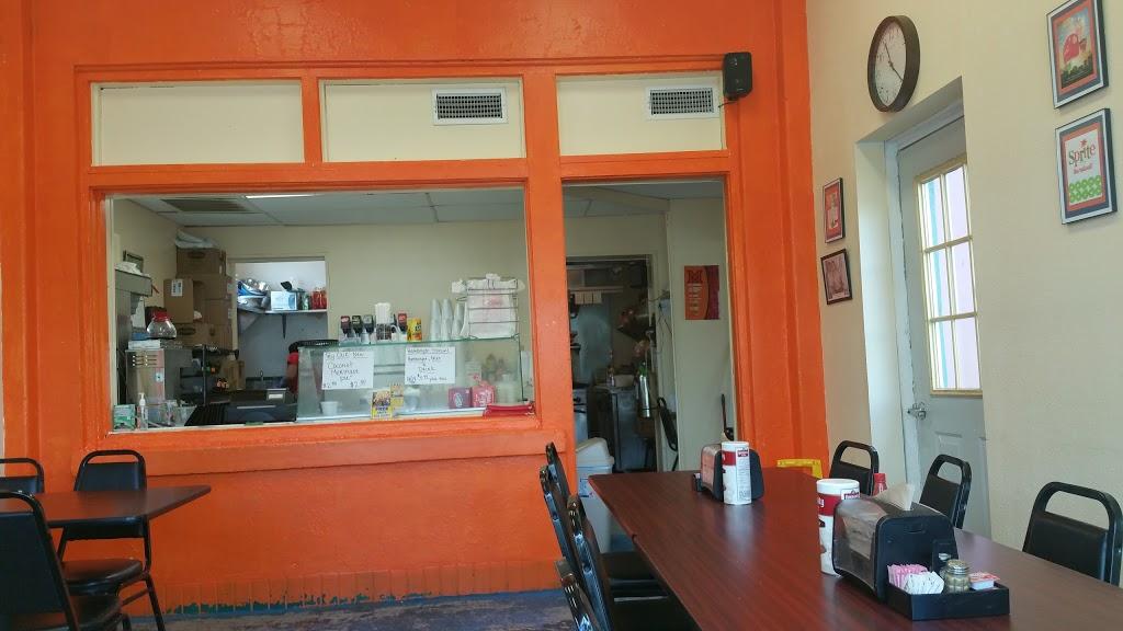 Gulf Station Cafe - cafe    Photo 6 of 10   Address: 1040 San Antonio Ave, Many, LA 71449, USA   Phone: (318) 273-2233