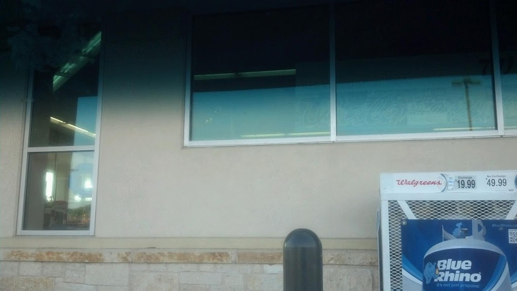 Walgreens - clothing store  | Photo 1 of 8 | Address: 1610 N Main St, Taylor, TX 76574, USA | Phone: (512) 352-3469