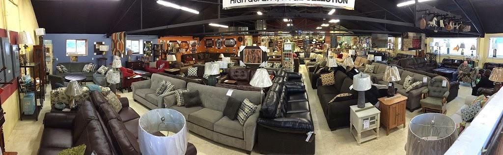 American Wholesale Furniture and Mattress - furniture store  | Photo 2 of 7 | Address: 905 Madison Ave, Fort Atkinson, WI 53538, USA | Phone: (920) 563-6300