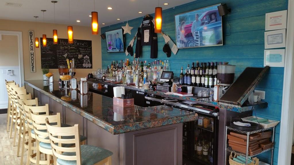 Beach House Grill - restaurant  | Photo 10 of 10 | Address: 1 Dorne Dr, Stratford, CT 06615, USA | Phone: (203) 612-7134