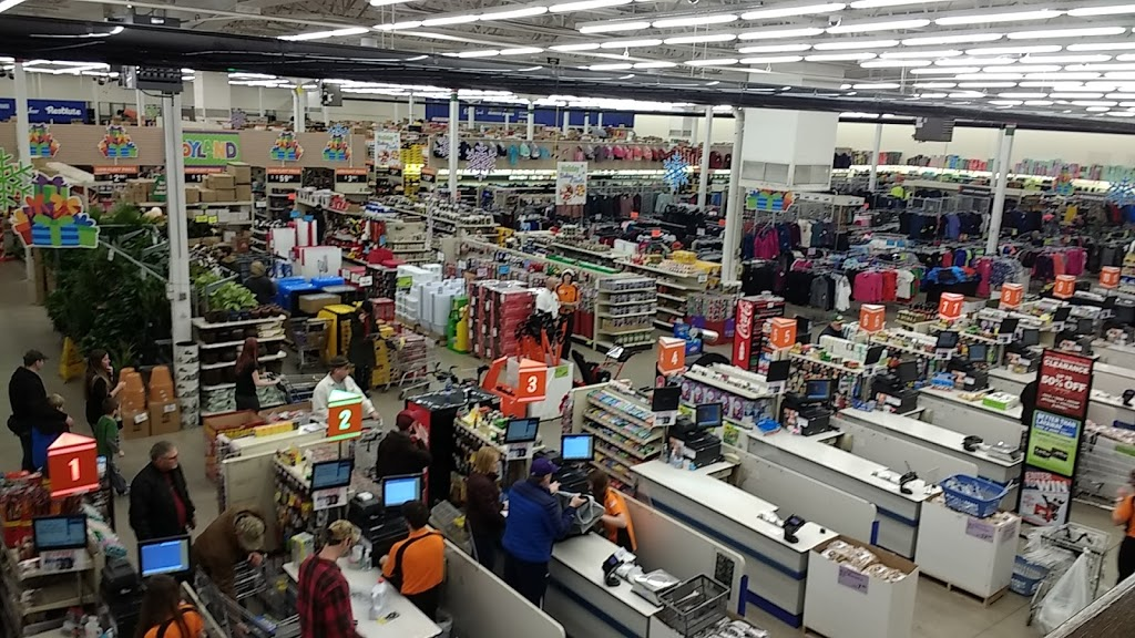 Fleet Farm - clothing store  | Photo 8 of 10 | Address: 3110 Eastern Ave, Plymouth, WI 53073, USA | Phone: (920) 893-5115