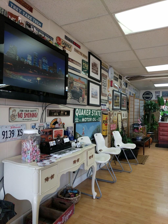 Chongs Barber Shop - hair care  | Photo 1 of 10 | Address: 1527 E U.S. 190, Copperas Cove, TX 76522, USA | Phone: (254) 833-1567