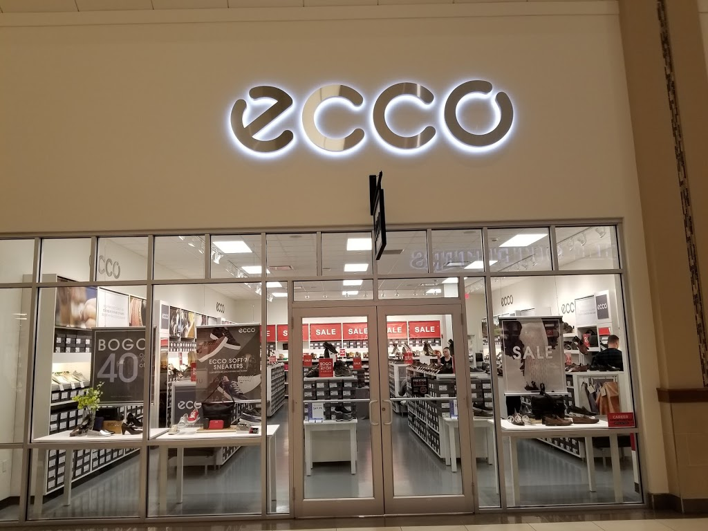 ECCO Outlet - shoe store  | Photo 3 of 7 | Address: 455 Trolley Line Blvd #265, Mashantucket, CT 06338, USA | Phone: (860) 213-5286