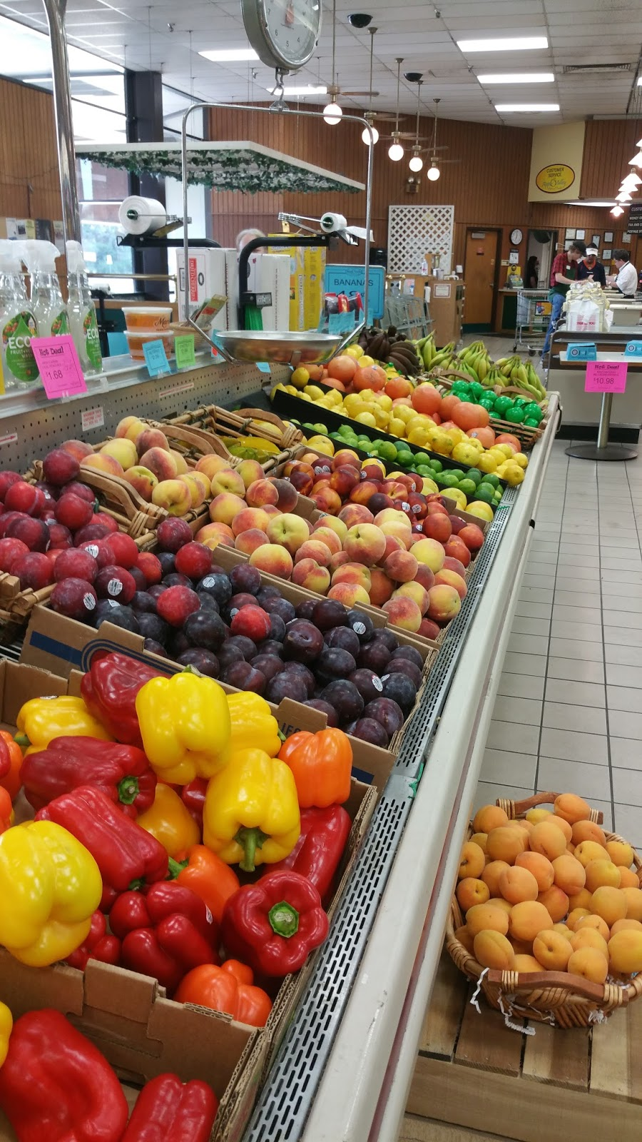 Apple Valley Natural Foods, Inc. - store  | Photo 9 of 10 | Address: 9067 US Highway 31, Berrien Springs, MI 49103, USA | Phone: (269) 471-3131