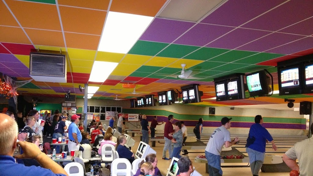 Bayberry Bowling Center - bowling alley  | Photo 1 of 10 | Address: 326 Main St, Spencer, MA 01562, USA | Phone: (508) 885-4876