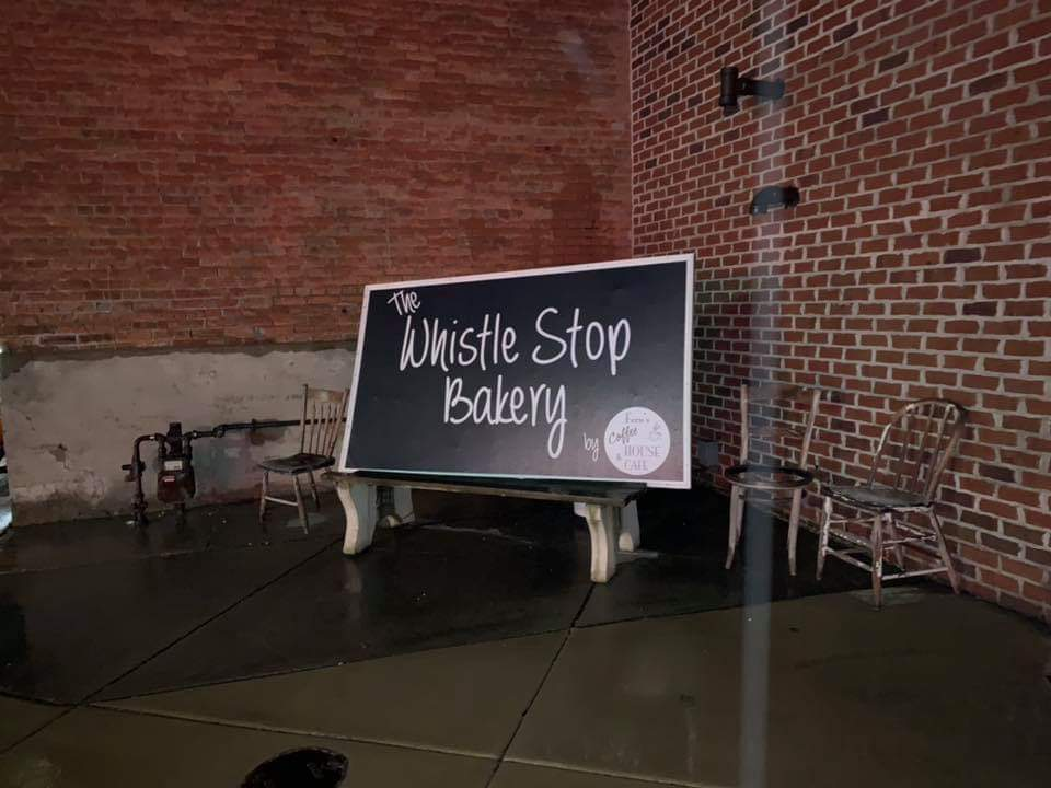The Whistle Stop Bakery | bakery | 112 W Main St, Williamsville, IL 62693, USA | 2174966191 OR +1 217-496-6191