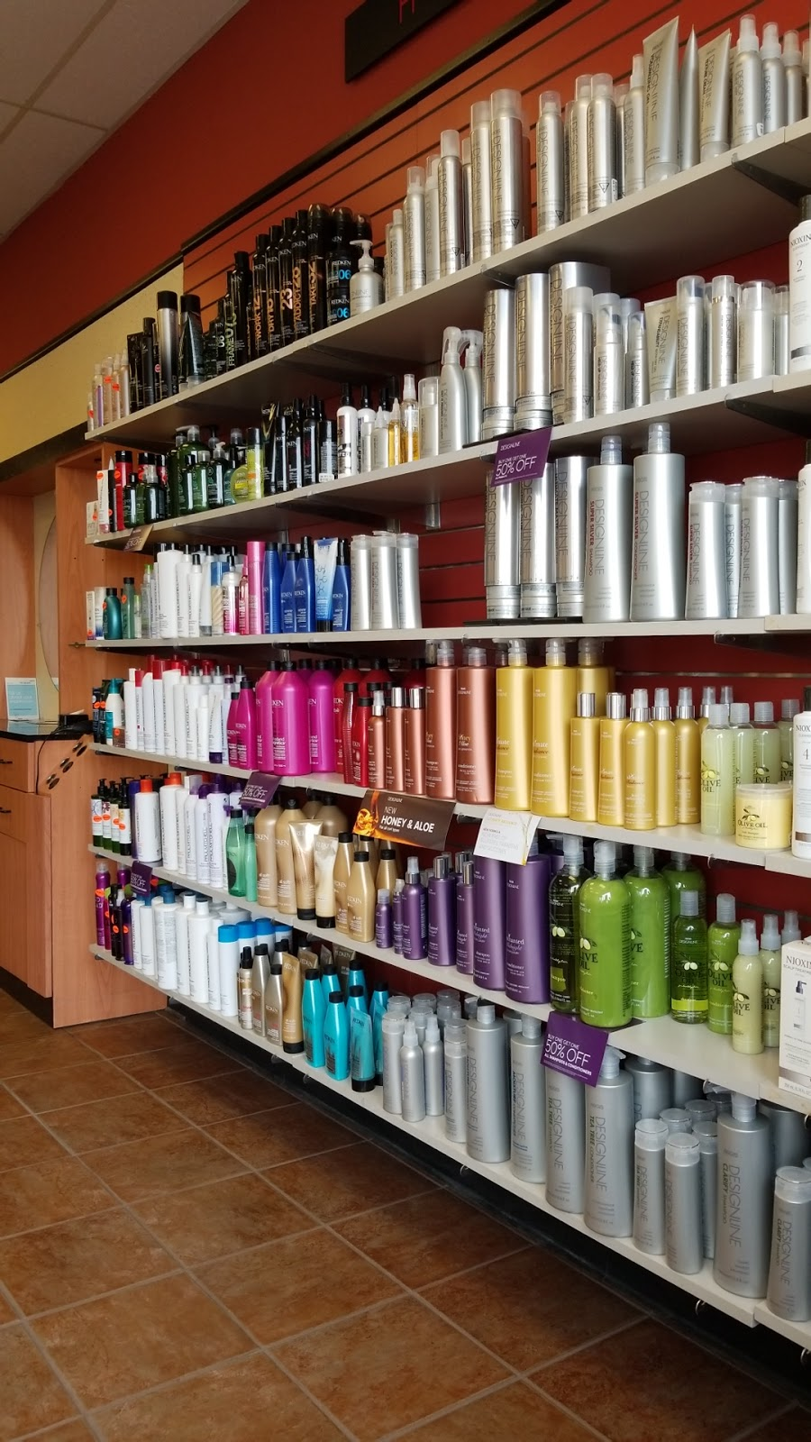 Fiesta Salons - hair care  | Photo 4 of 6 | Address: 1936 E Commercial Ave, Lowell, IN 46356, USA | Phone: (219) 696-8609