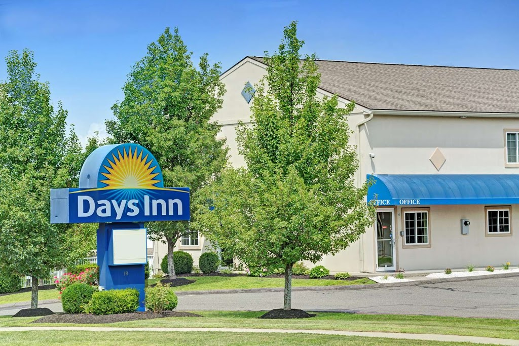 Days Inn by Wyndham Bethel - Danbury - lodging  | Photo 1 of 10 | Address: 18 Stony Hill Rd, Bethel, CT 06801, USA | Phone: (203) 743-5990