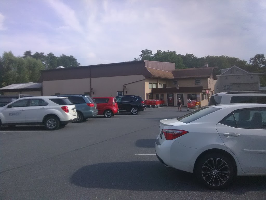 BBs Grocery Outlet - store  | Photo 3 of 10 | Address: 430 N Market St, Myerstown, PA 17067, USA | Phone: (717) 786-3210